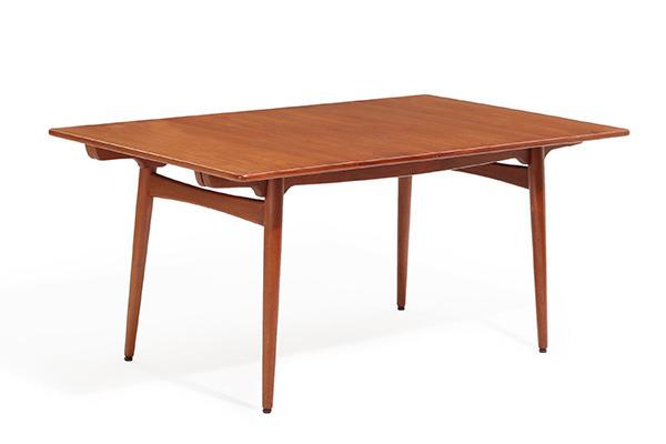 Hans J. Wegner  Dining table. AT-310  Andreas Tuck (3).jpg