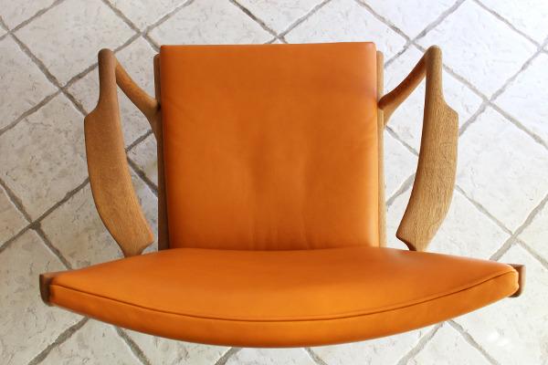 Hans J. Wegner  Easy chair. AP16  AP Stolen  (5).jpg