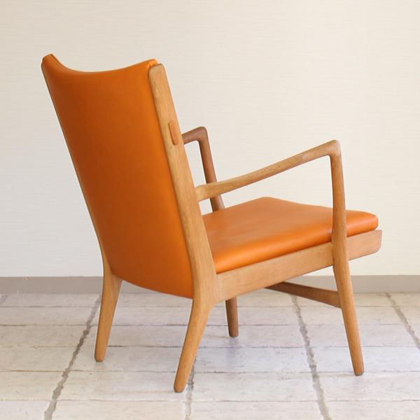 Hans J. Wegner  Easy chair. AP16  AP Stolen  (8).jpg