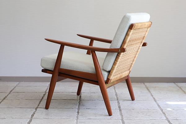 Hans J. Wegner  Easy chair GE-270  GETAMA (11).jpg