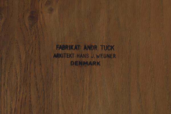 Hans J. Wegner  Game Table .AT306  Andreas Tuck_0530 (2).jpg