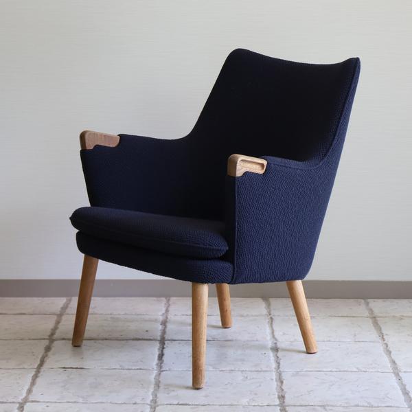 Hans J. Wegner  Mini bear chair. AP-20  AP-stolen (2).jpg