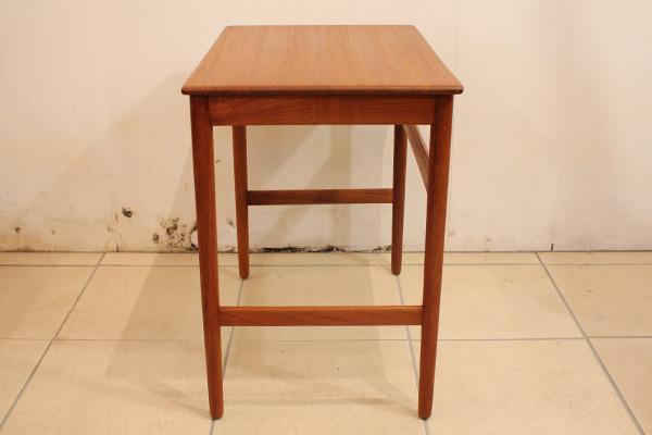 Hans J. Wegner  Nesting Tables teak Andreas Tuck(上) (5).jpg