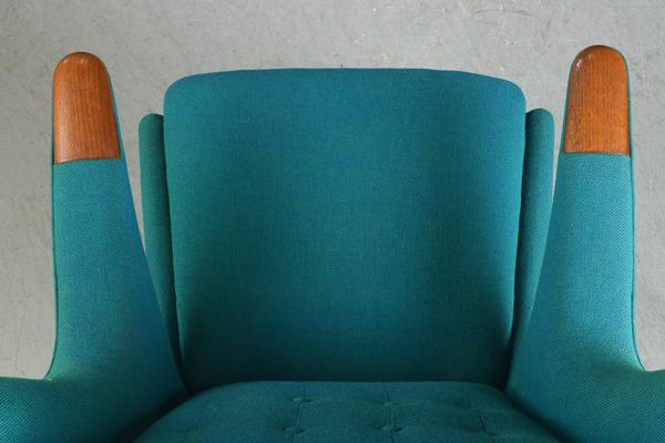 Hans J. Wegner  Papa bear chair. AP19  AP-Stolen (8).jpg