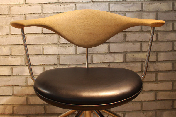 Hans J. Wegner  Swivel Chair. PP502  PP Mobler (1).jpg