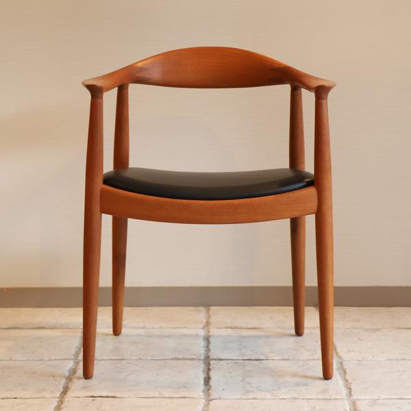 Hans J. Wegner  The chair. JH-503  Johannes Hansen-01 (6).jpg