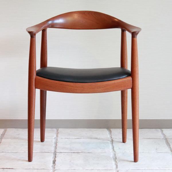 Hans J. Wegner  The chair. JH-503  Johannes Hansen-02.jpg