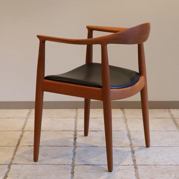 Hans J. Wegner  The chair. JH-503  Johannes Hansen-02 (4).jpg