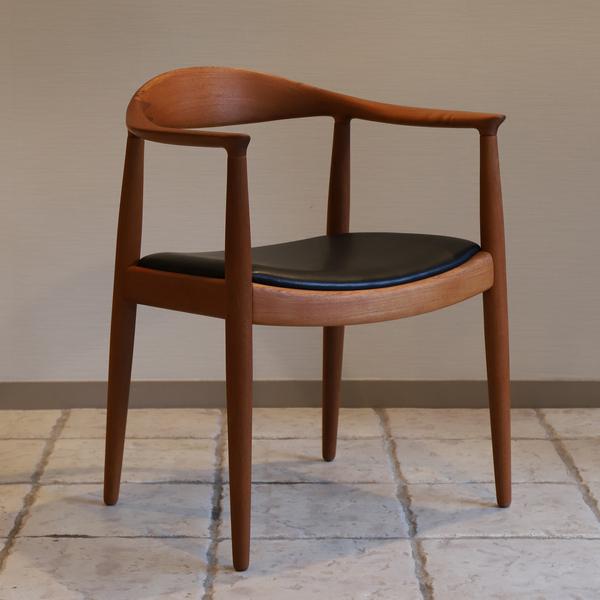 Hans J. Wegner  The chair. JH-503  Johannes Hansen-02 (6).jpg