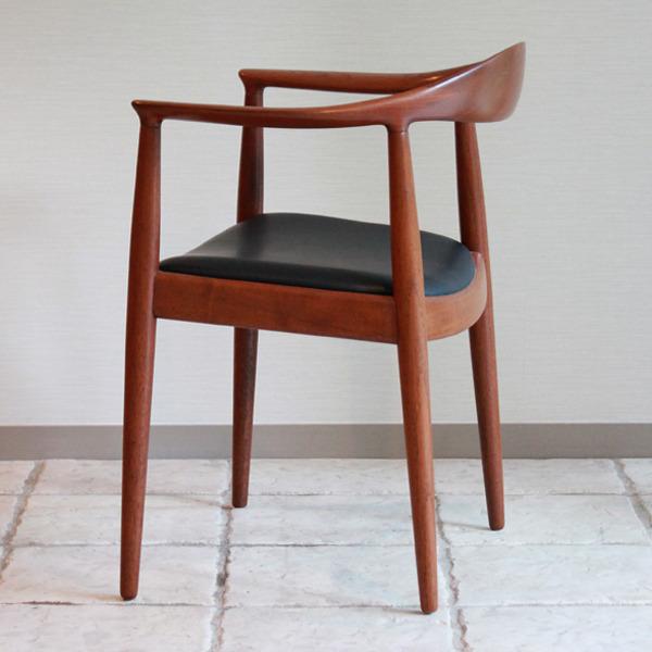 Hans J. Wegner  The chair. JH-503  Johannes Hansen-04.jpg
