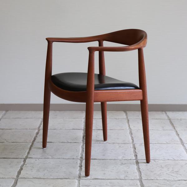Hans J. Wegner  The chair. JH-503  Johannes Hansen (5).jpg