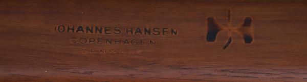 Hans J. Wegner  The chair. JH-503  Johannes Hansen (9).jpg