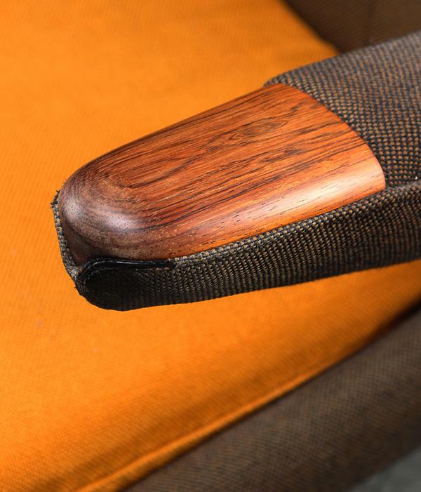 HansJWegner-Loungechair-PapaBearChair-modelAP19-rosewood-04.jpg