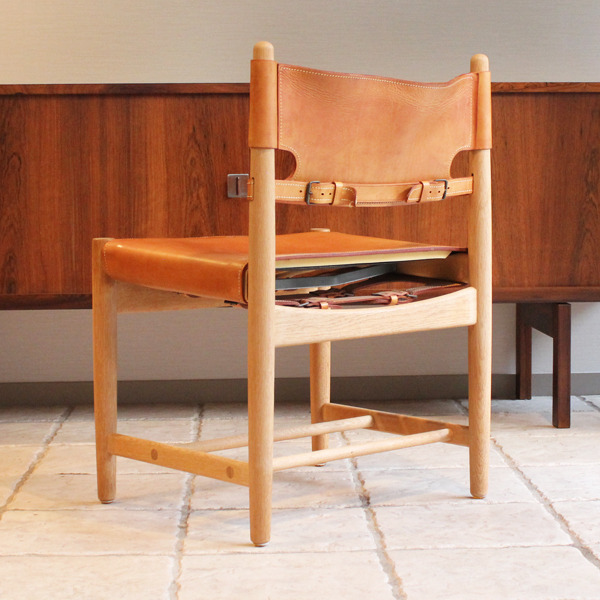 Hunt dining chairs-01-04.jpg