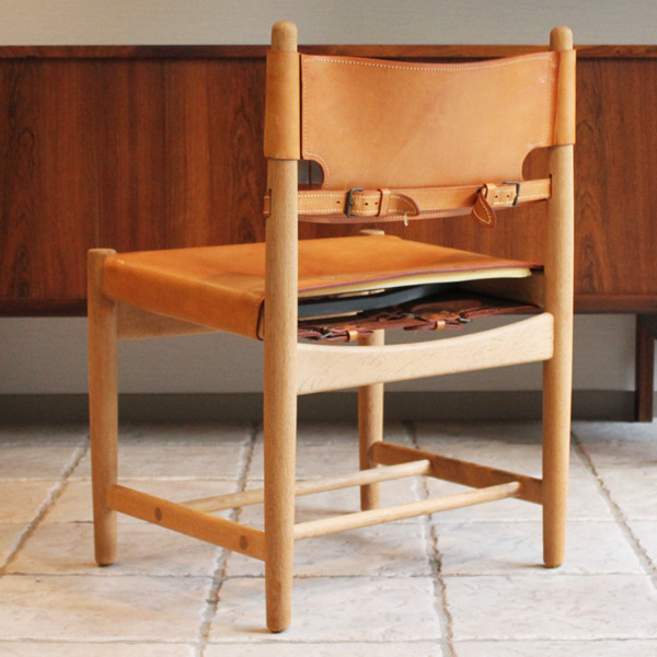 Hunt dining chairs-02-04.jpg