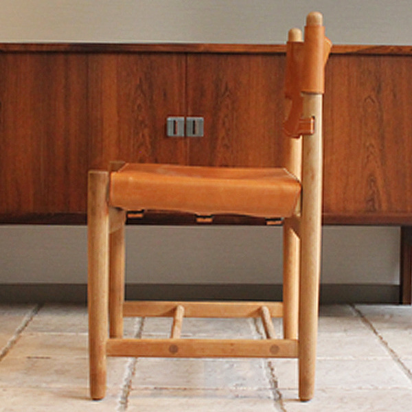 Hunt dining chairs-03-03.jpg