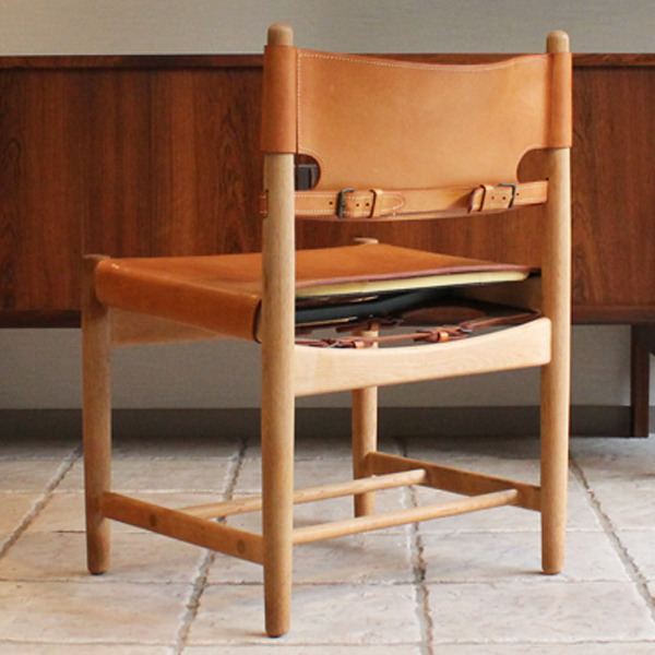 Hunt dining chairs-03-04.jpg
