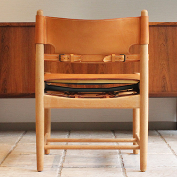Hunt dining chairs-03-05.jpg