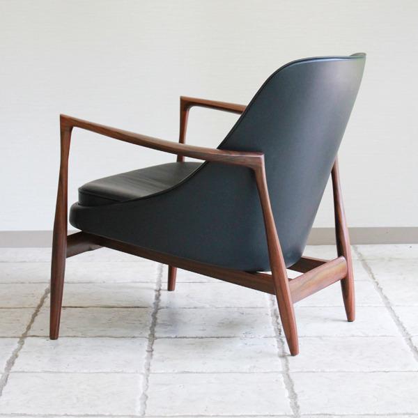 Ib-kofod-Larsen--Lounge-chair.-Elisabeth-Kitani-2-05.jpg