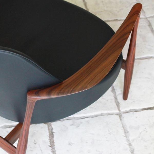 Ib-kofod-Larsen--Lounge-chair.-Elisabeth-Kitani-2-09.jpg