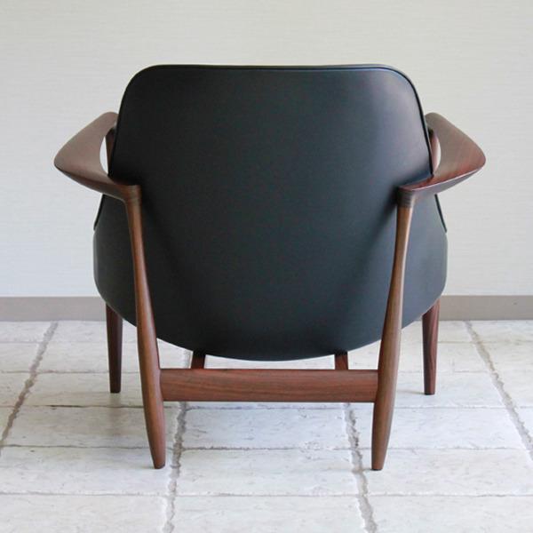 Ib-kofod-Larsen--Lounge-chair.-Elisabeth-Kitani-22.jpg