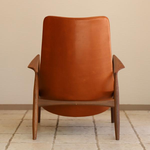Ib Kofod Larsen  High back easy chair. Seal chair  Brdr. Petersen (2).jpg