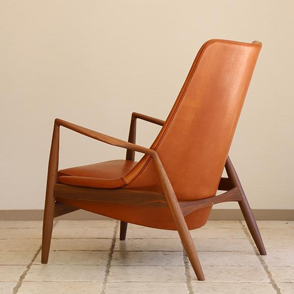 Ib Kofod Larsen  High back easy chair. Seal chair  Brdr. Petersen (3).jpg