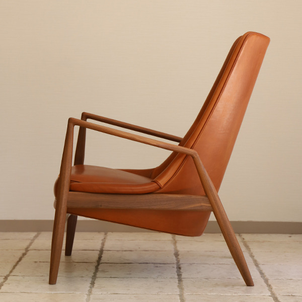 Ib Kofod Larsen  High back easy chair. Seal chair  Brdr. Petersen (4).jpg