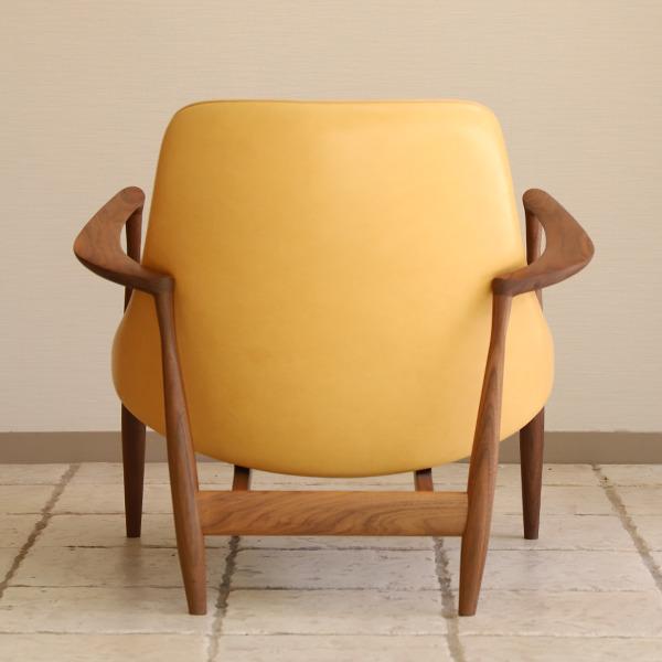 Ib kofod-Larsen  Elisabeth chair  Brdr. Petersen (7).jpg