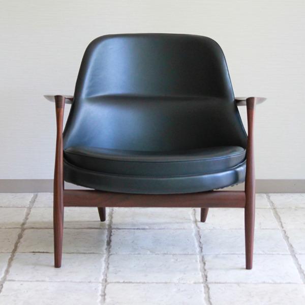 Ib kofod-Larsen  Lounge chair. Elisabeth  Kitani-02.jpg