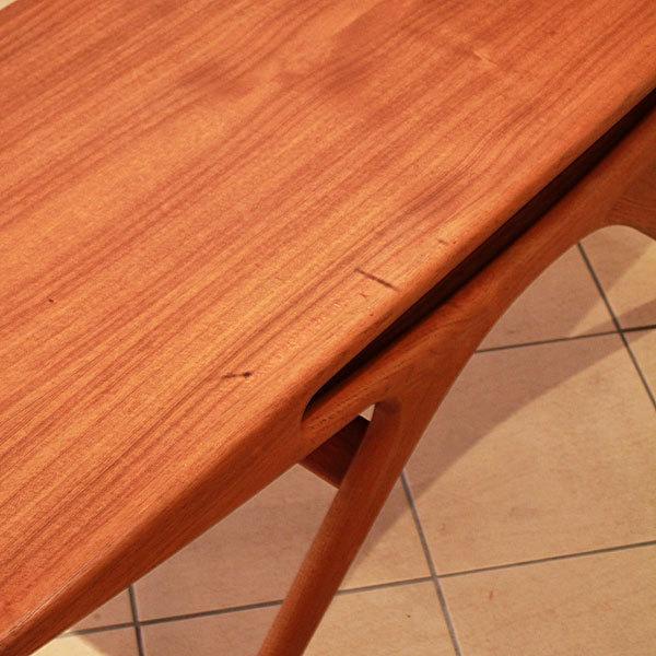 Johannes-Andersen-UFO-table-05.jpg