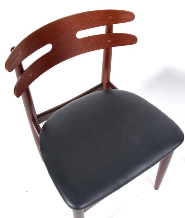 Johannes Andersen Chair .model 178   Bramin (1).jpg