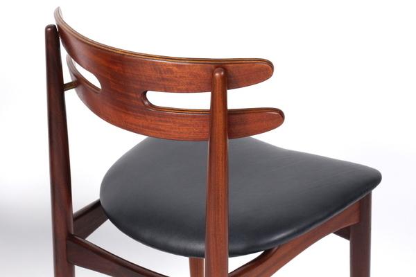 Johannes Andersen Chair .model 178   Bramin (2).jpg