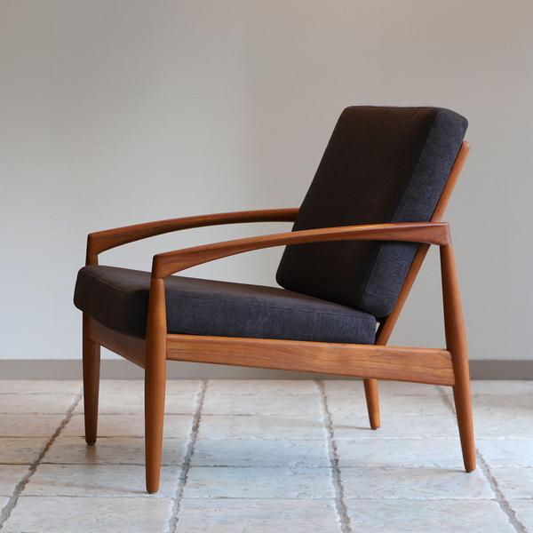 Kai Kristiansen  Paper knife easy chair .Model 121 Magnus Olesen (1).jpg