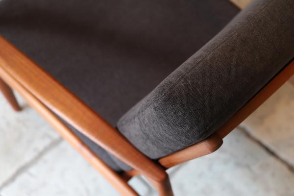 Kai Kristiansen  Paper knife easy chair .Model 121 Magnus Olesen (5).jpg