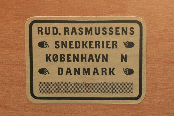 Mogens-Koch-Book-case-03.jpg