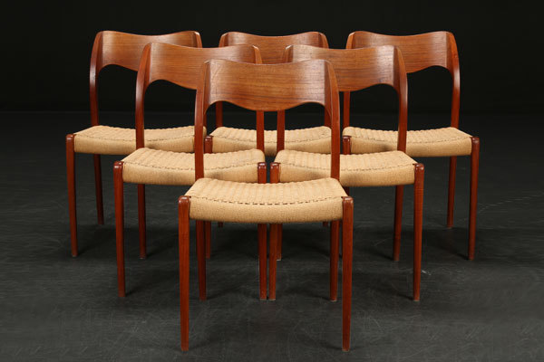 N.O.-Moller-Dining-chair-01.jpg