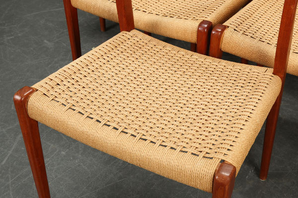N.O.-Moller-Dining-chair-03.jpg