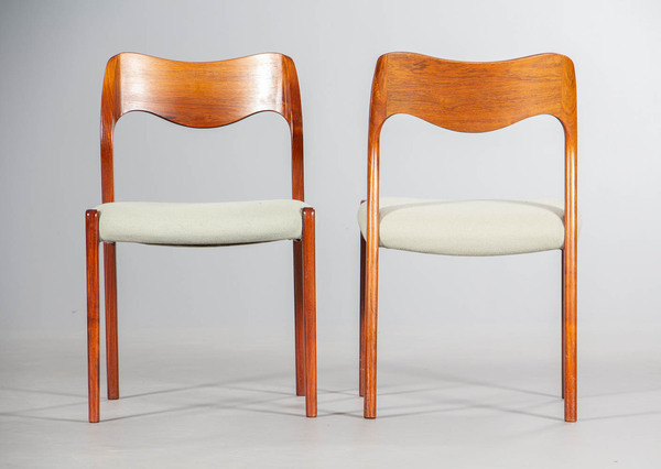Niels O. Moller  Dining chair model 71 J.L (2).jpg