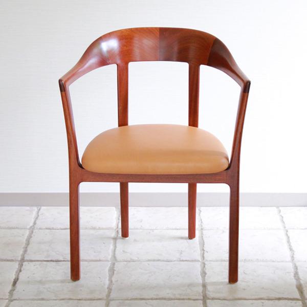 Ole-Wanscher--Armchair.-Mahogany--A.-J.-Iversen-04.jpg