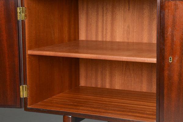 Ole-Wanscher-Mahogany-Sideboard-03.jpg