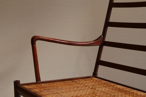 Ole Wanscher  Colonial sofa .PJ 149  P. Jeppesen (3).jpg
