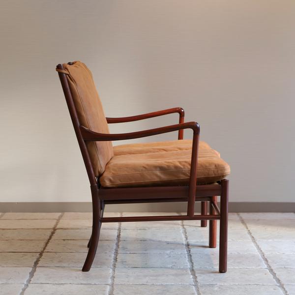 Ole Wanscher  Colonial sofa .PJ 149  P. Jeppesen (8).jpg