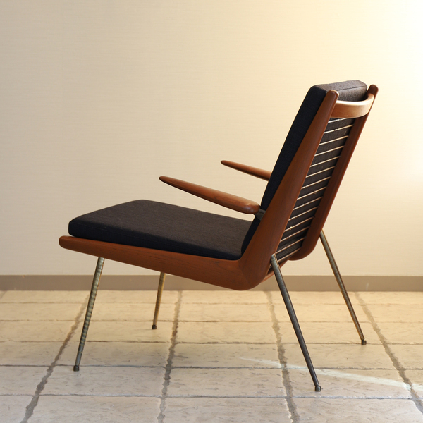 Peter Hvidt & Orla Molgaard-Nielsen   Boomerang chair .FD135  France & Son (4).jpg