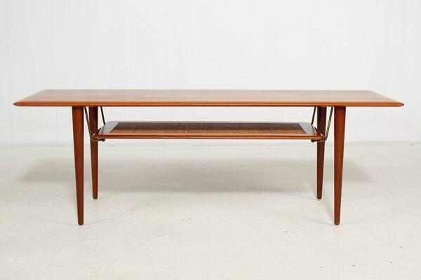 Peter Hvidt & Orla Molgaard-Nielsen  Coffee table (8).jpg