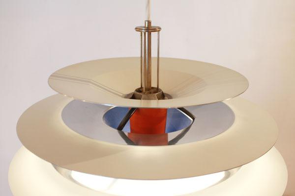 Poul-Henningsen-Contrast-lamp-03.jpg