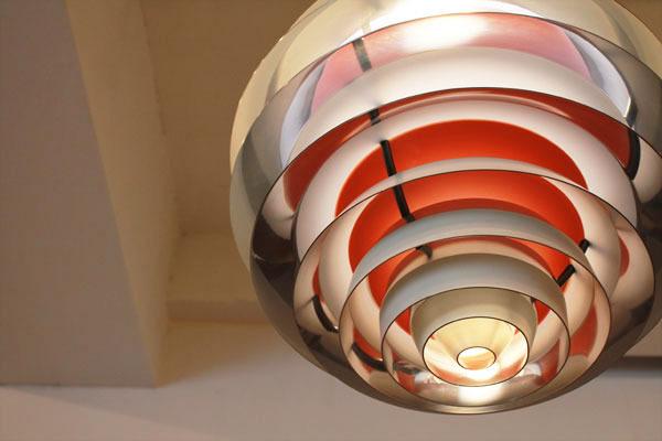 Poul-Henningsen-Contrast-lamp-04.jpg