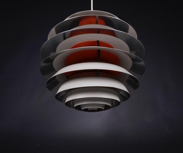 Poul Henningsen  Contrast lamp  Louis Poulsen (1).jpg