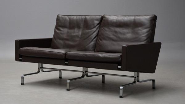 Poul Kjaerholm  2 seater sofa. PK31 Fritz Hansen (1).jpg