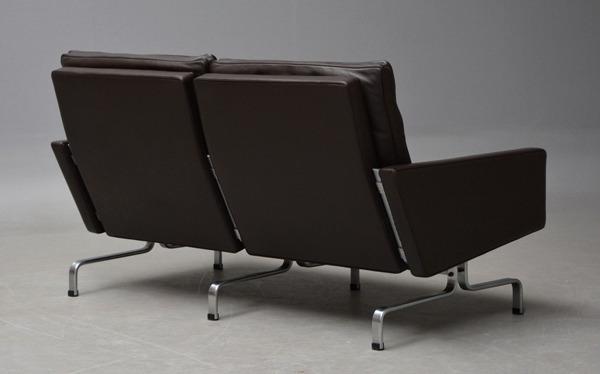 Poul Kjaerholm  2 seater sofa. PK31 Fritz Hansen (2).jpg